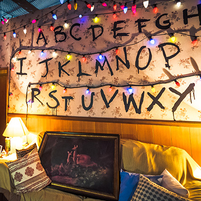 USS Halloween Horror Nights 8 Stranger Things haunted house maze PREVIEW