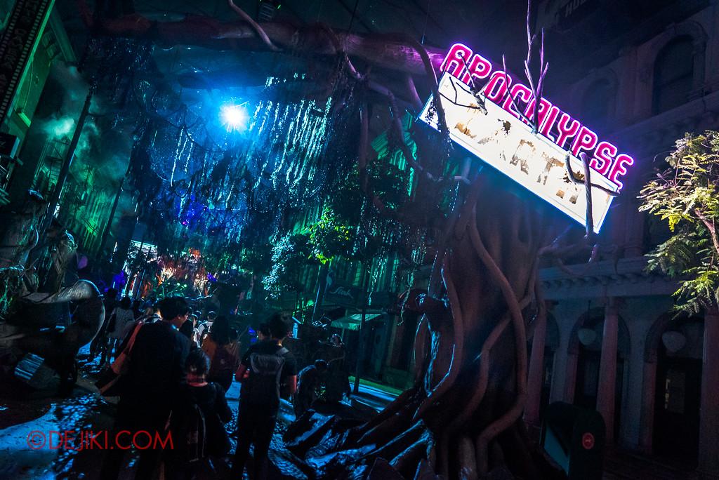 Universal Studios Singapore Halloween Horror Nights 8 - APOCALYPSE EARTH scare zone entrance
