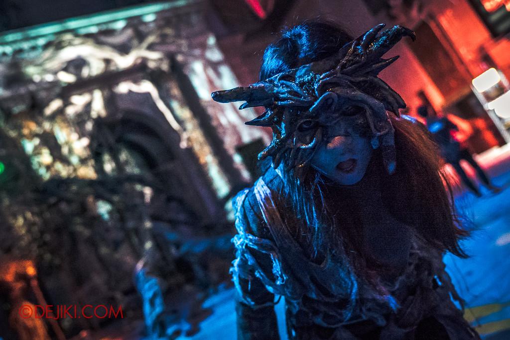 Universal Studios Singapore Halloween Horror Nights 8 - APOCALYPSE EARTH soul gatherer