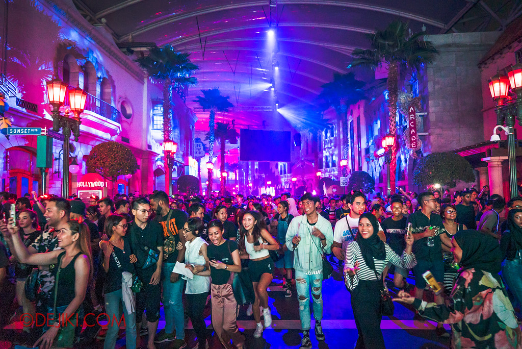 Universal Studios Singapore Halloween Horror Nights 8 - Hollywood Opening Scaremony