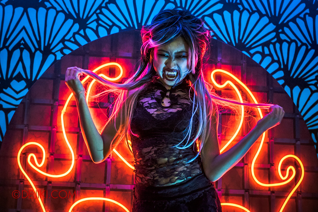 Universal Studios Singapore Halloween Horror Nights 8 - Killuminati haunted house nightclub scene dancer girl hero