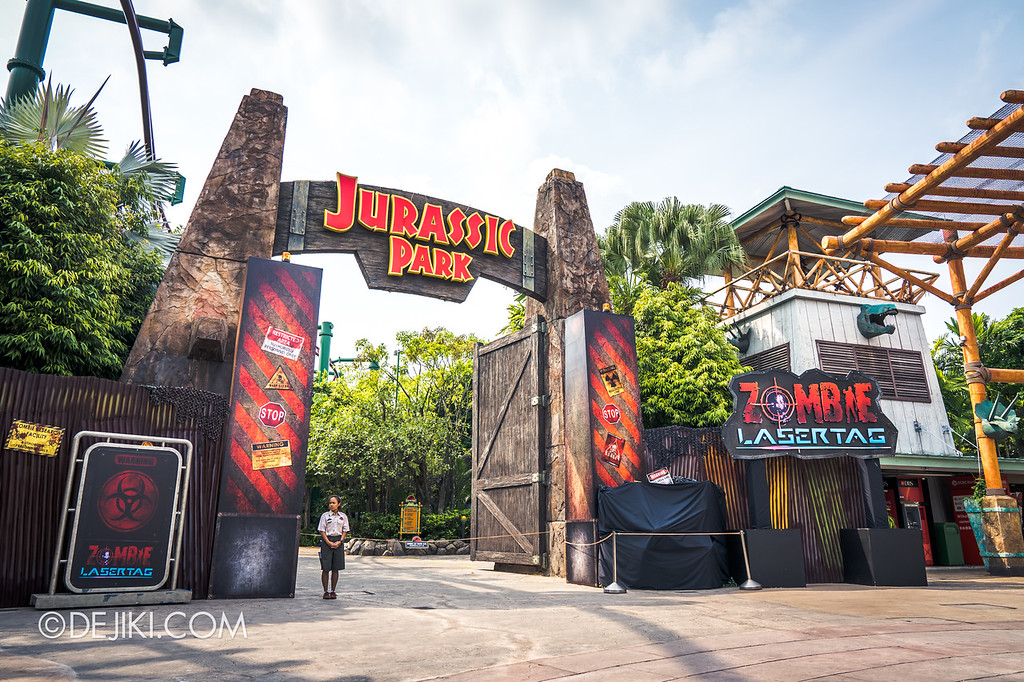 Universal Studios Singapore Halloween Horror Nights 8 / Zombie Laser Tag 2018 entrance overview