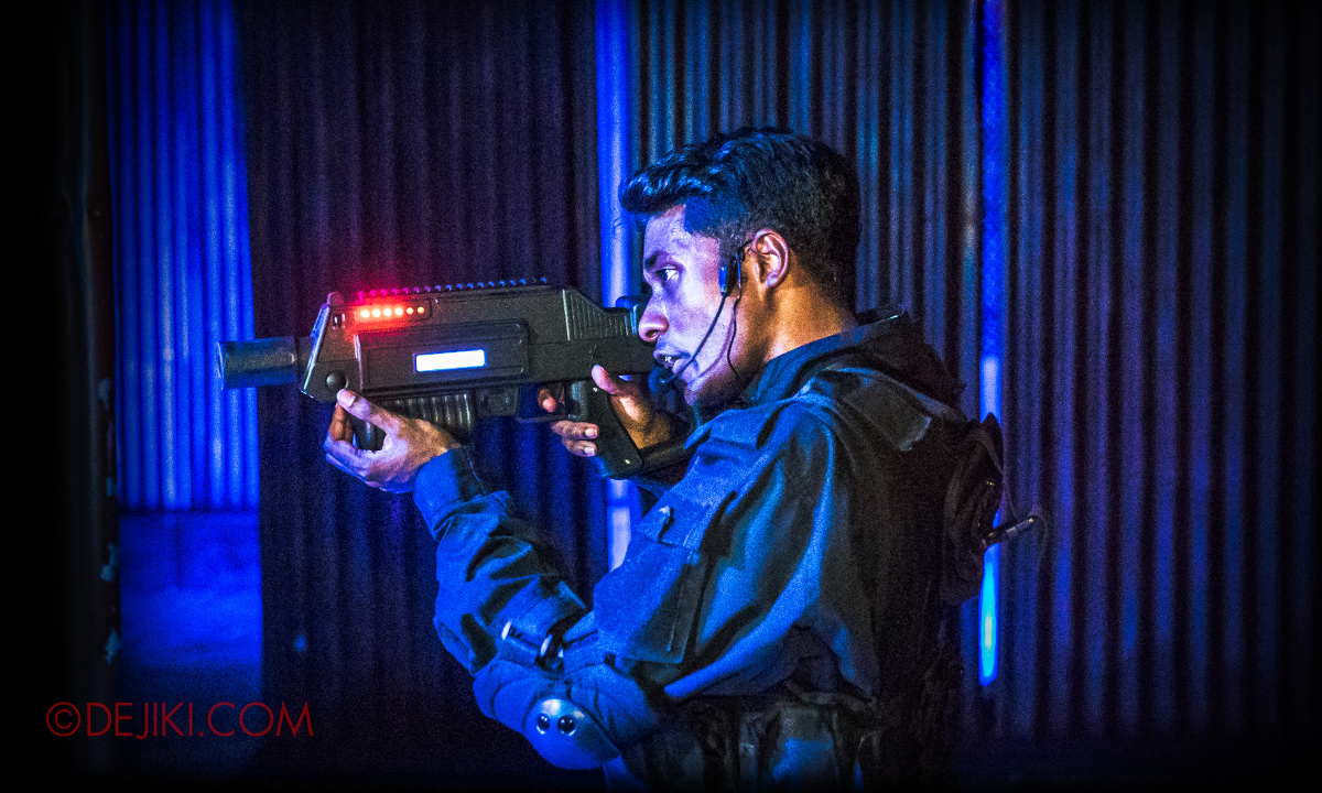 USS Halloween Horror Nights 8 Zombie Laser Tag attraction - Drill Sergeant with Laser Rifle