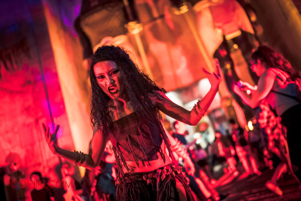 USS Singapore Halloween Horror Nights 8 Cannibal scare zone belly dancer dramatic