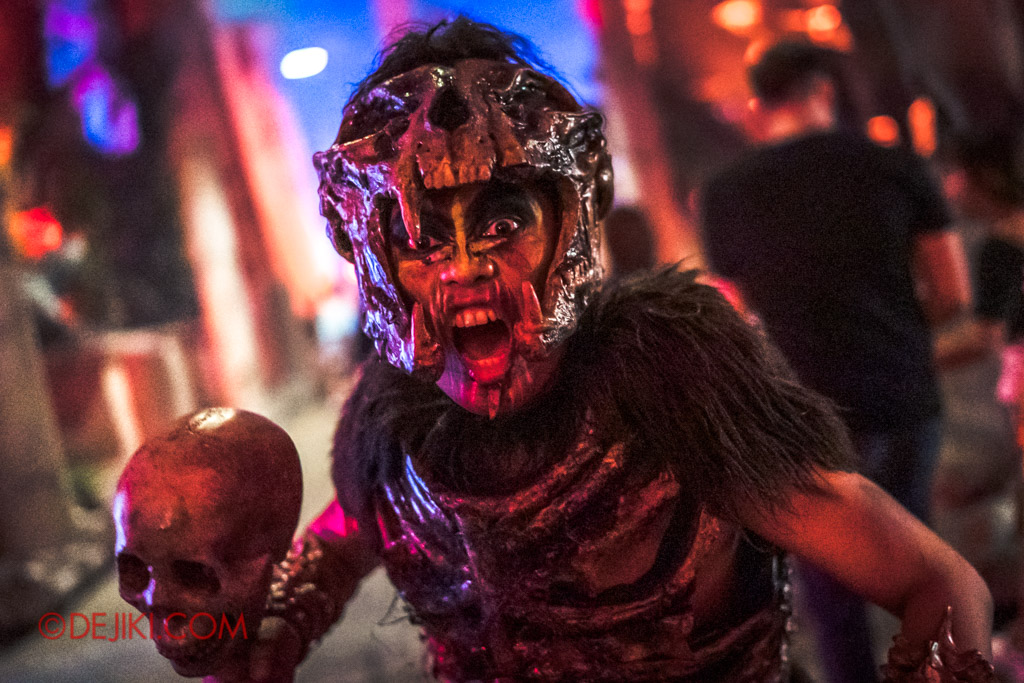 USS Singapore Halloween Horror Nights 8 Cannibal scare zone cannibal chief attack