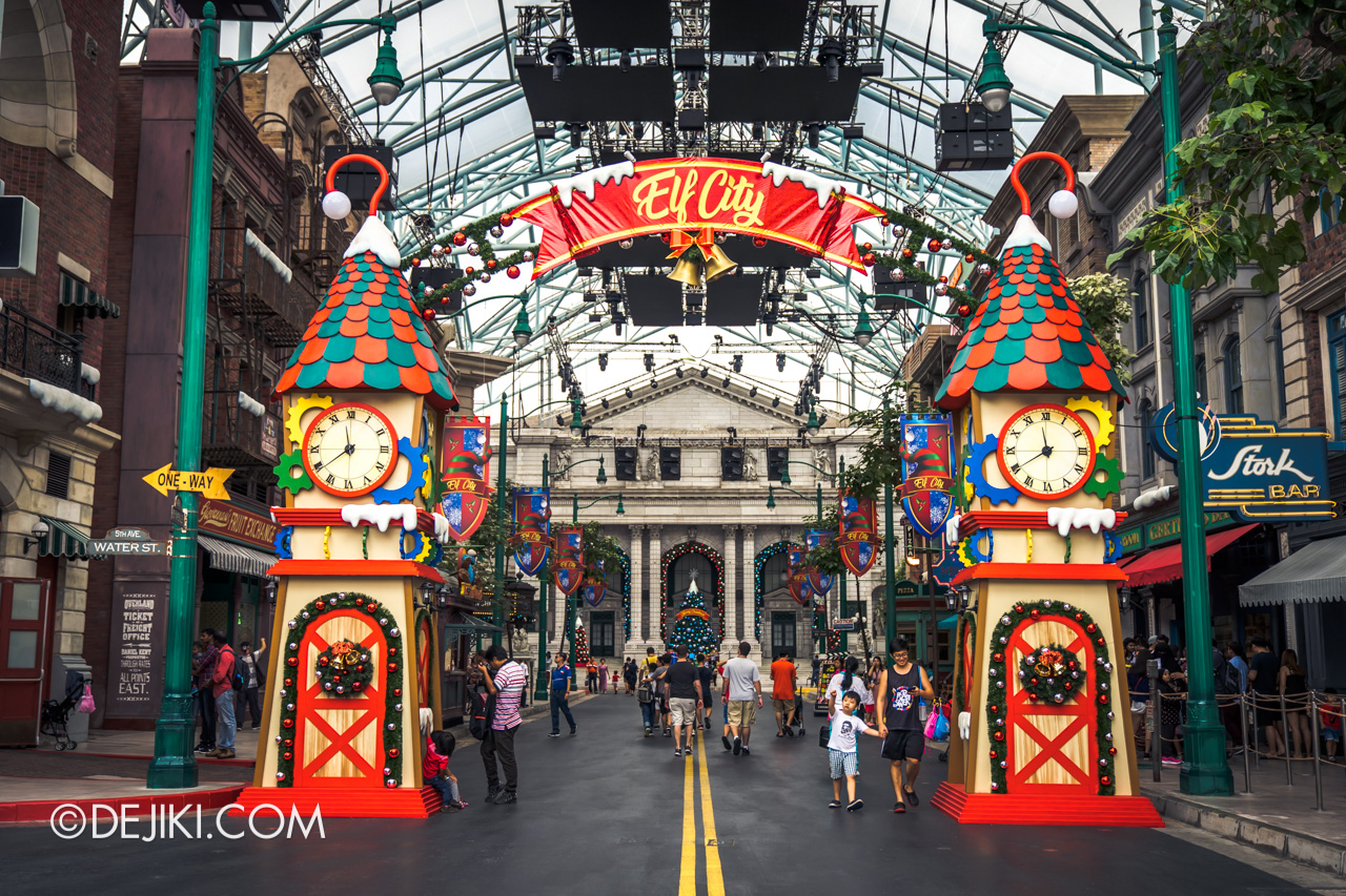 Universal Studios Singapore - Universal Christmas 2018 Elf City New York entrance