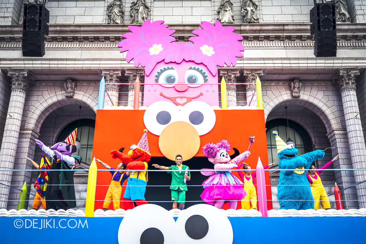 Universal Studios Singapore - Sesame Street 50 Years and Counting Celebration - Blowout Party cake stage