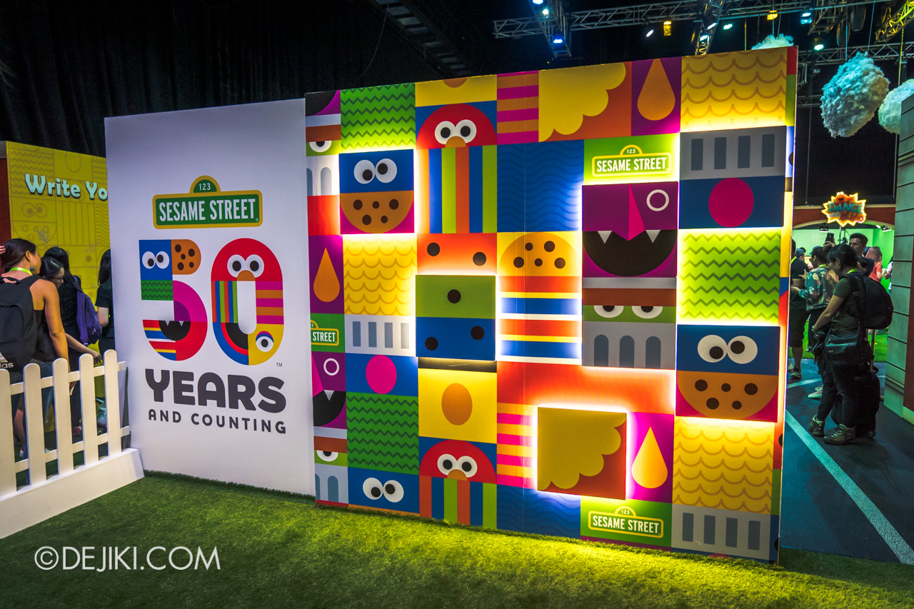 Universal Studios Singapore - Sesame Street 50 Years and Counting Celebration - a walk down sesame street entrance