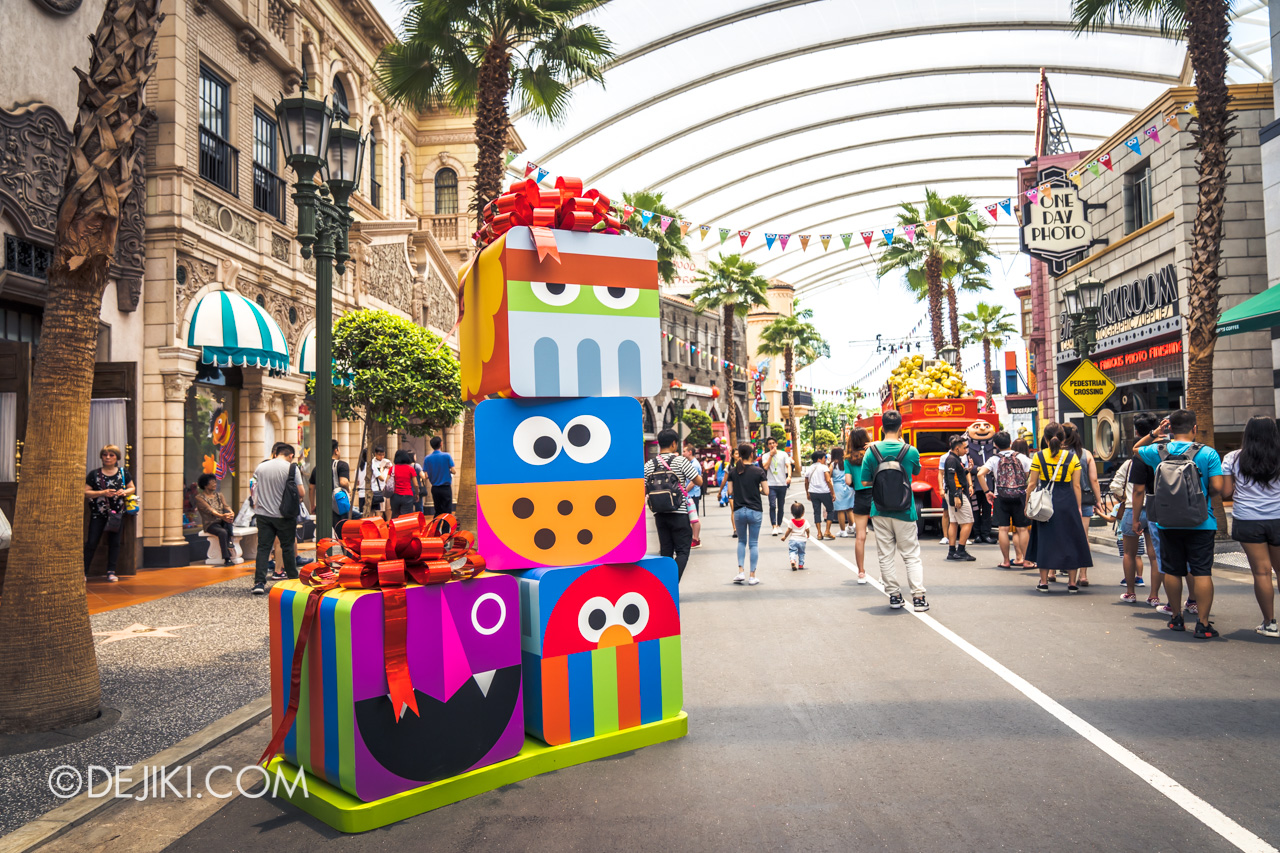 Universal Studios Singapore - Sesame Street 50 Years and Counting Celebration hollywood blowout party zone