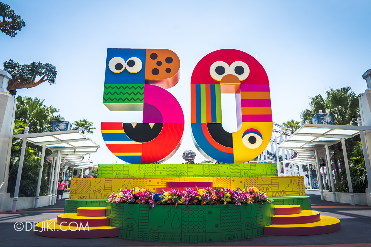 Universal Studios Singapore - Sesame Street 50 Years and Counting Celebration hollywood stage empty 50 cake