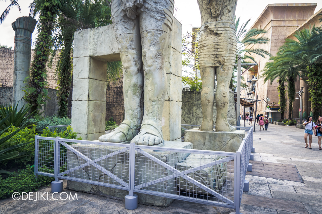 Universal Studios Singapore Ancient Egypt barrier 2