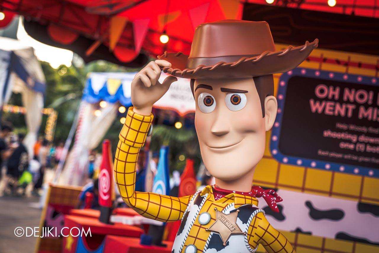Gardens by the Bay - Disney Toy Story 4 Children's Festival 2019 - Woody's Coaster Rescue photo op