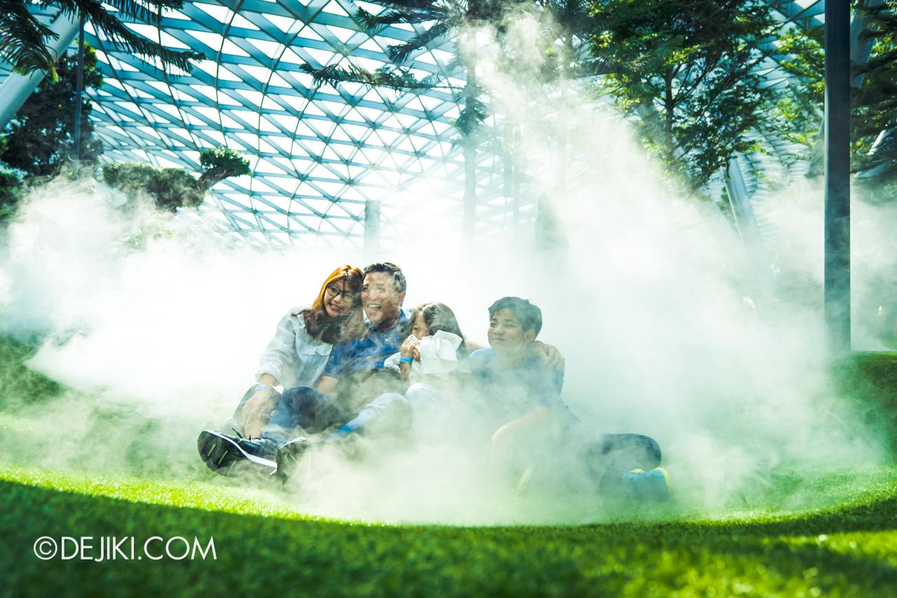 Jewel Changi Airport - Canopy Park 4 - Garden foggy bowls