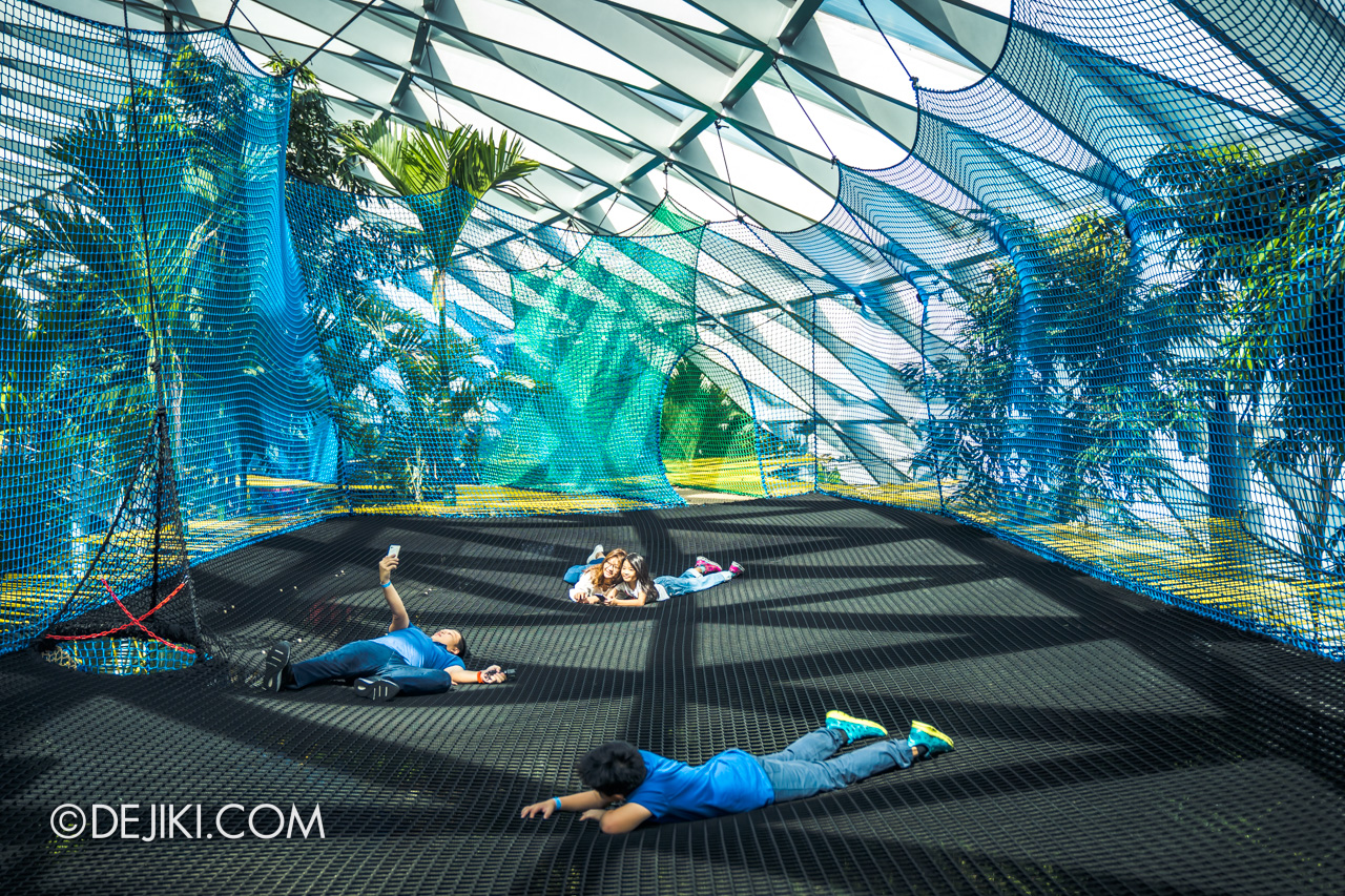 Jewel Changi Airport - Canopy Park 5 - Manulife Sky Nets Bouncing 3 rest