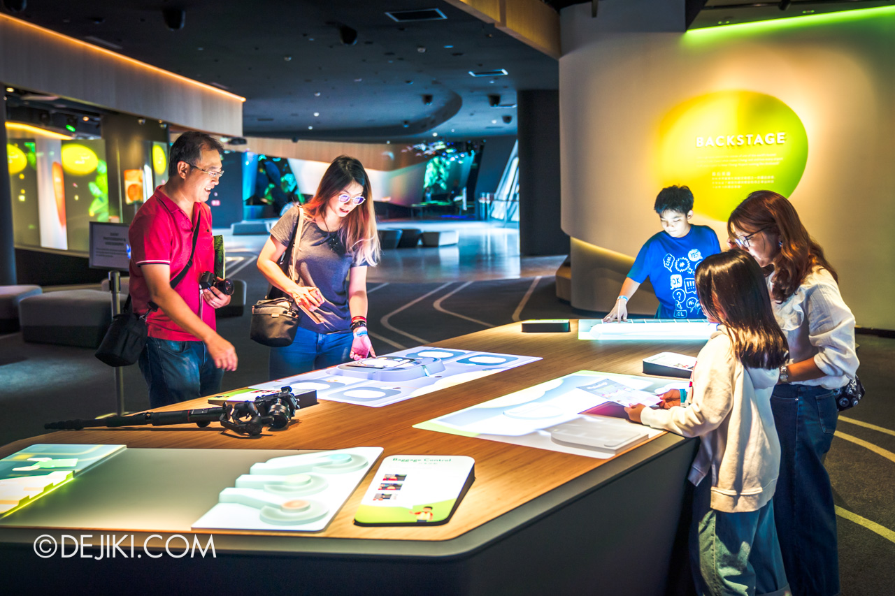 Jewel Changi Airport - Changi Experience Studio 6 - Backstage games
