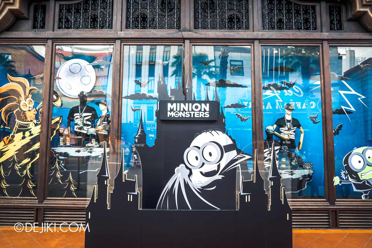 USS Daytime Halloween Family friendly event Minion Monsters Universal Studios Store window
