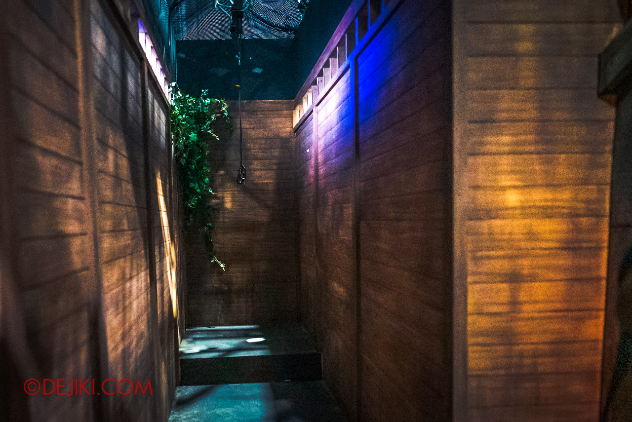 USS HHN9 Sneak Preview Behind The Scenes Curse of The Naga House Day Tour stunt corridor