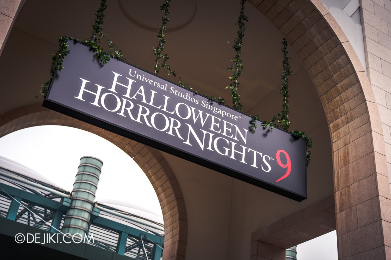 USS Halloween Horror Nights 9 Construction Update Park Entrance Arch board