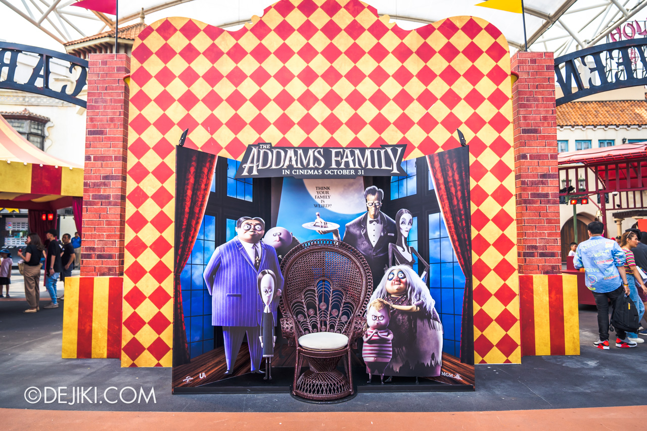 USS Halloween Horror Nights 9 Daytime Carnival Adams Family photo set