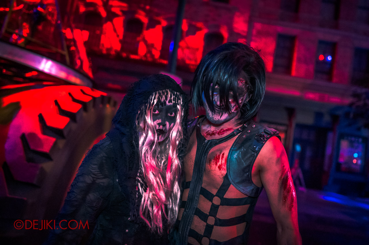 USS Halloween Horror Nights 9 Death Fest scare zone 3 death metal fan couple