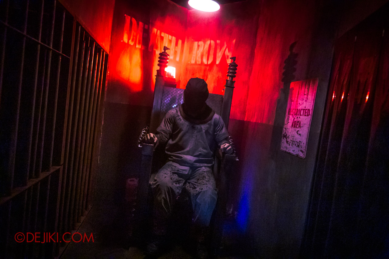 USS Halloween Horror Nights 9 Hell Block 9 haunted house 06 deathrow