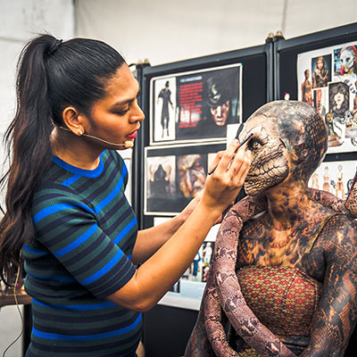 USS Halloween Horror Nights 9 Sneak Preview Behind the Scenes Backstage Tour Special Effects Makeup s2