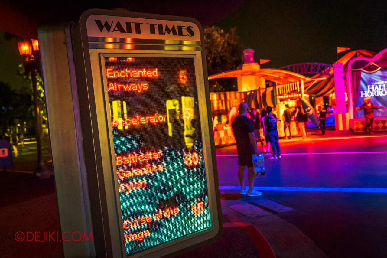 USS Halloween Horror Nights 9 Survival Guide Wait Times board