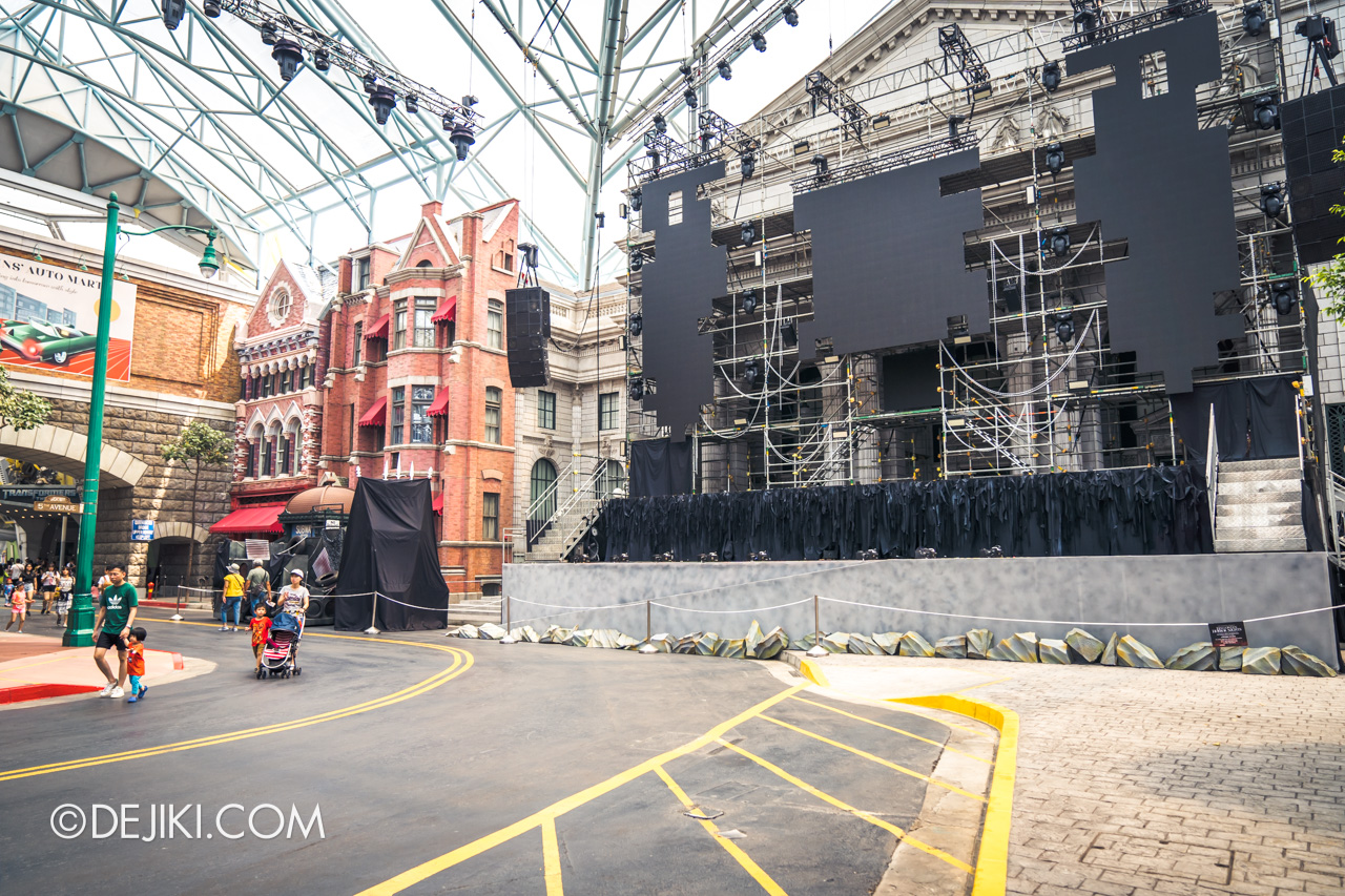 USS Halloween Horror Nights 9 construction update Death Fest scare zone stage for Opening Scaremony wide