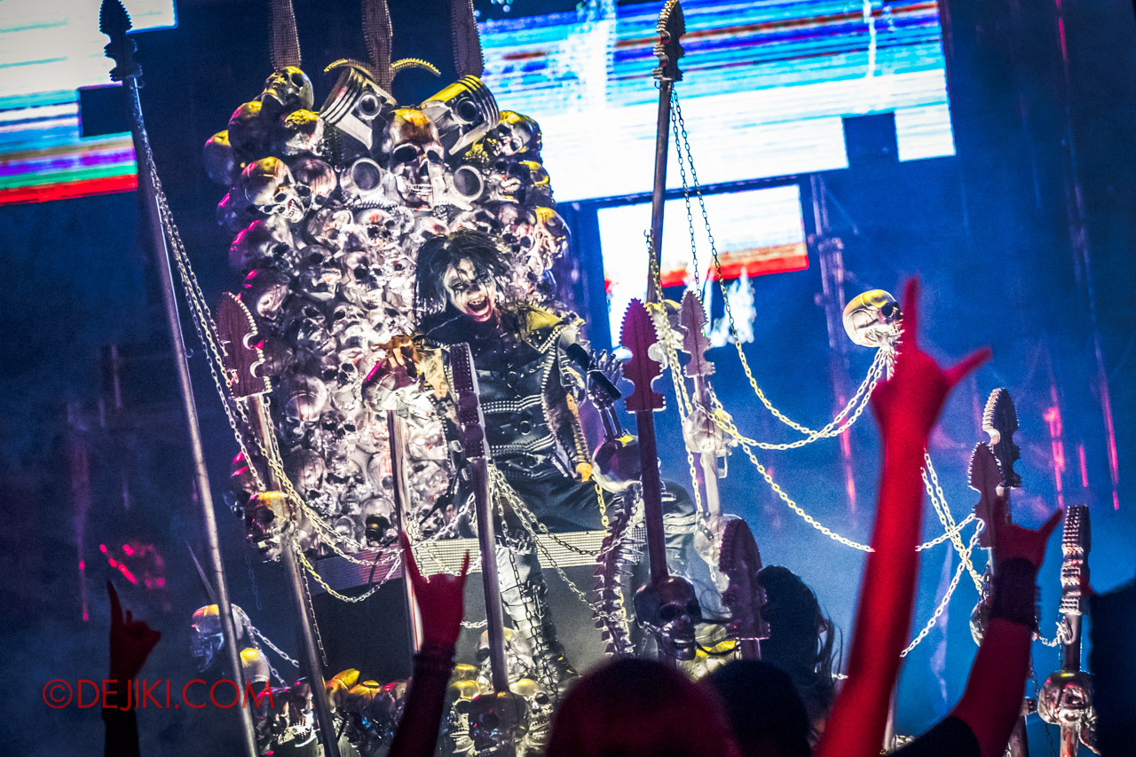 USS Halloween Horror Nights 9 Death Fest LIVE Procession parade Savage returns at New York