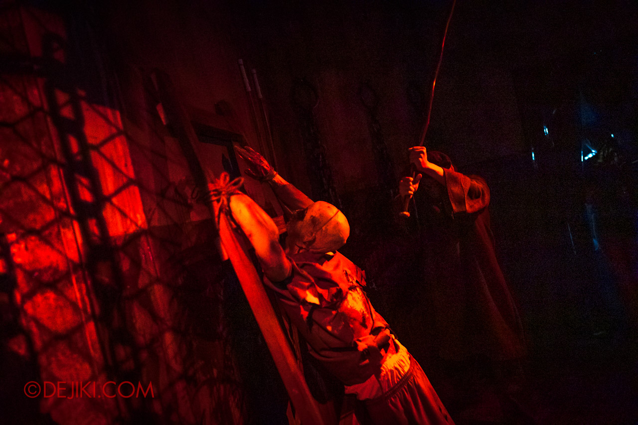 USS Halloween Horror Nights 9 Haunted House Tour Hell Block 9 6 Torture room action