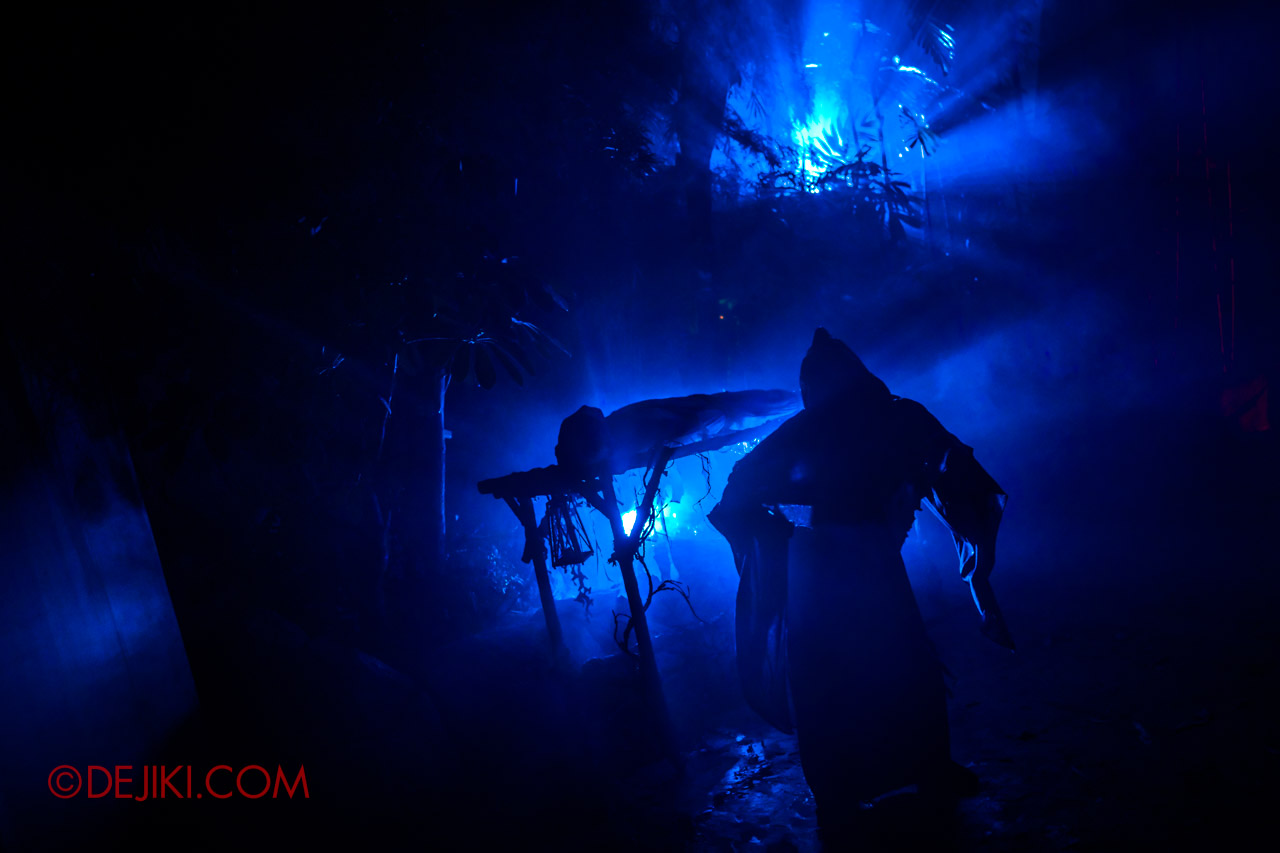 USS Halloween Horror Nights 9 photo tour Dead End scare zone 8 final reaper