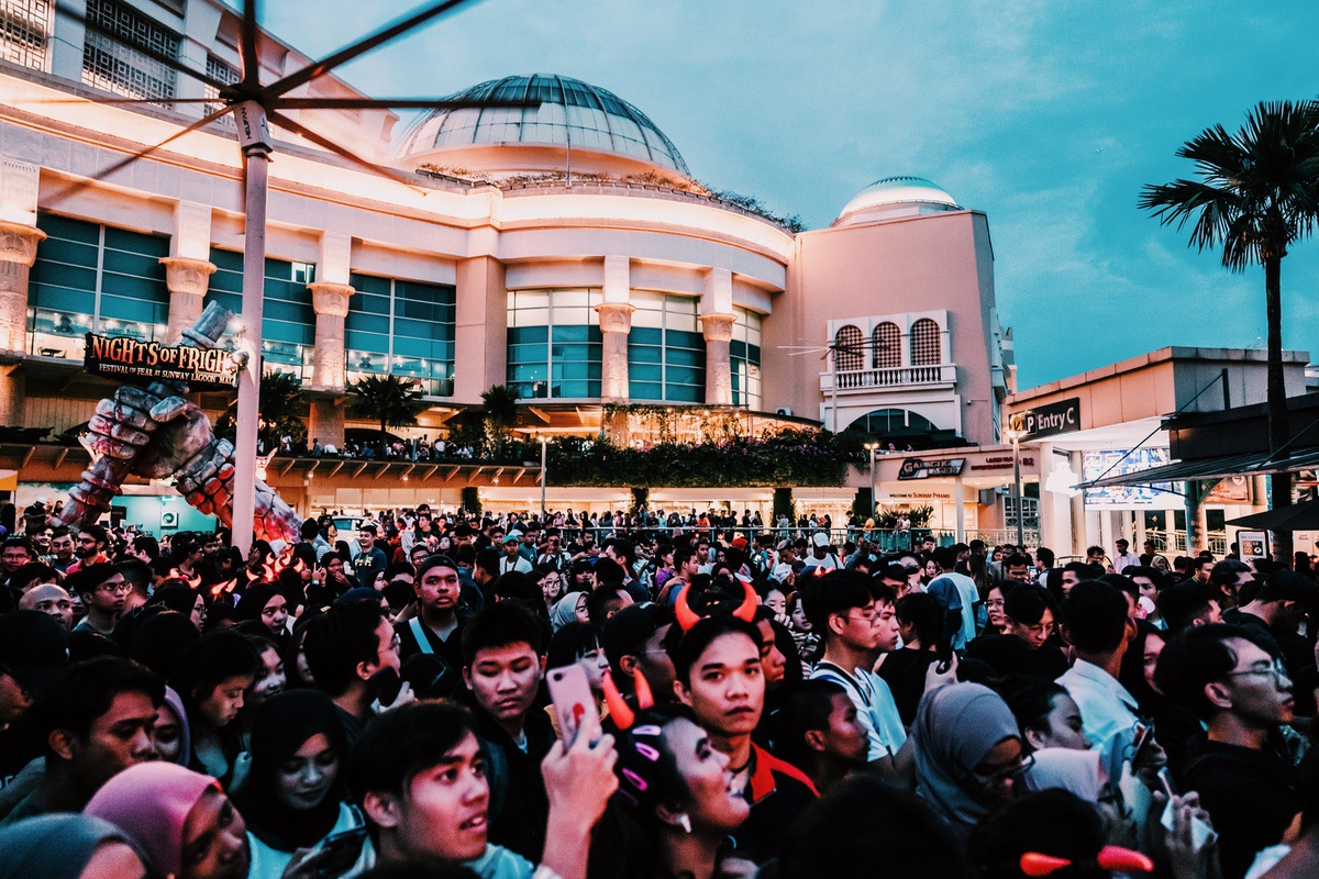 Sunway Lagoon Malaysia Nights of Fright 7 Pre Opening Stuff Queue 3