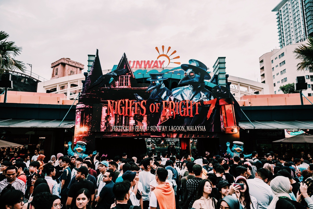 Sunway Lagoon Malaysia Nights of Fright 7 Pre Opening Stuff Queue