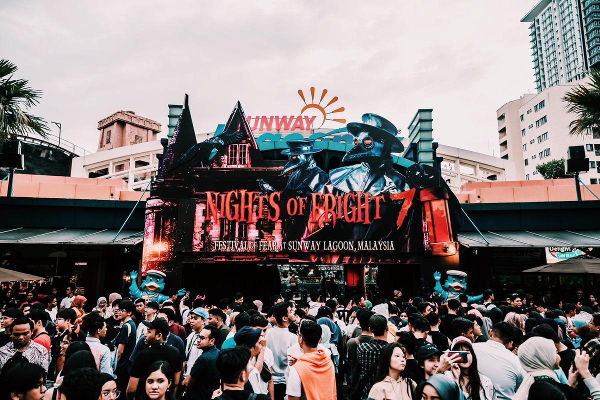 Sunway Lagoon Malaysia Nights of Fright 7 Pre Opening Stuff Queue