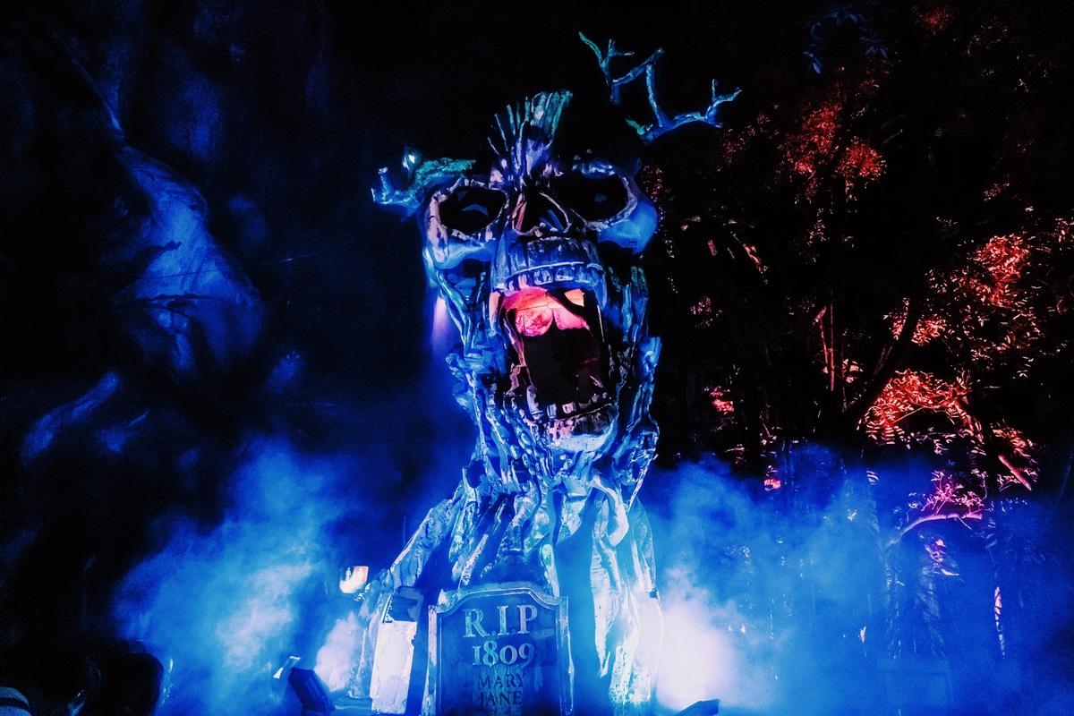 Sunway Lagoon Malaysia Nights of Fright 7 scare zone slasher street 2
