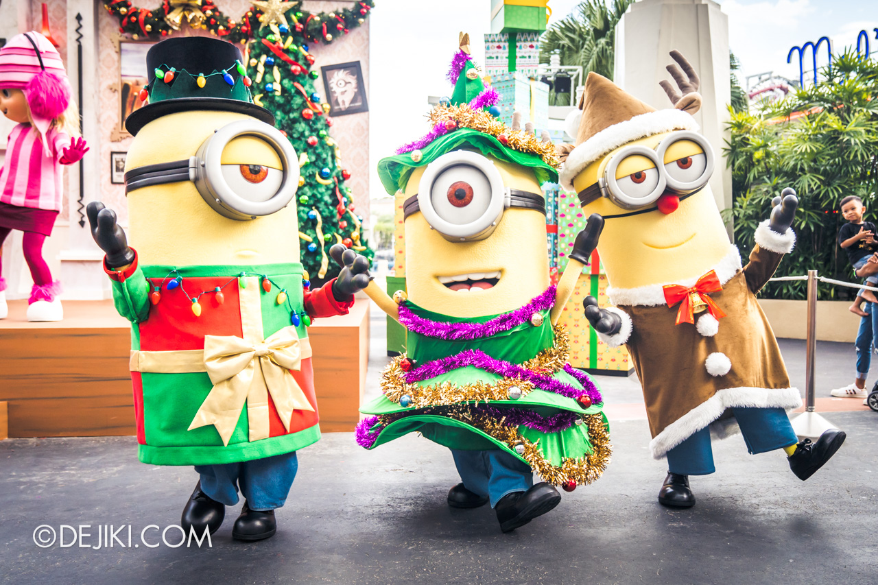 Universal Studios Singapore A Universal Christmas 2019 event Despicable Me Family Christmas Minions Trio