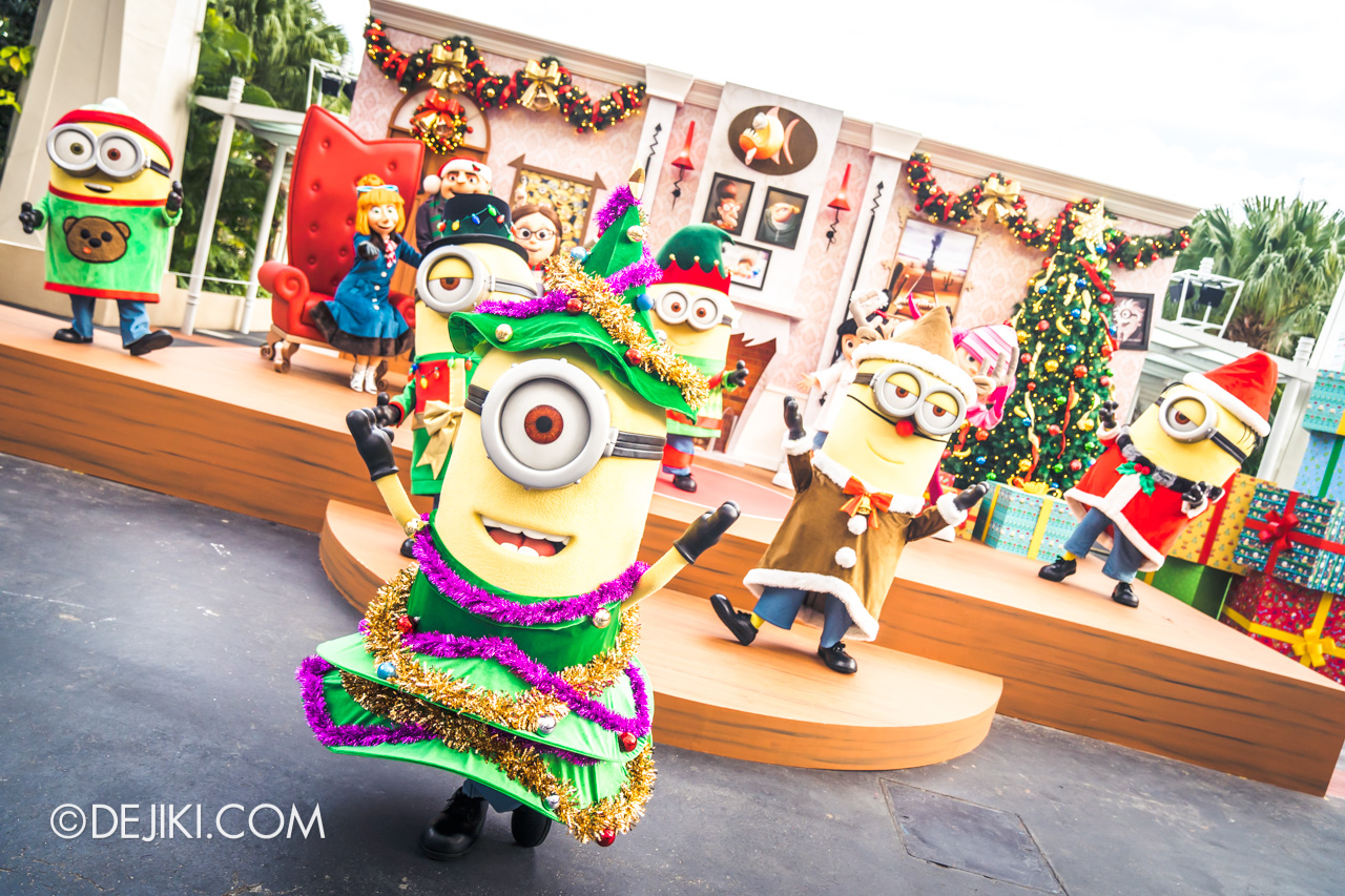 Universal Studios Singapore A Universal Christmas 2019 event Despicable Me Family Christmas minions