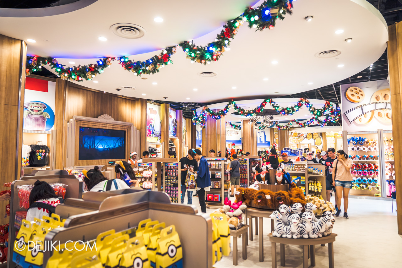 Universal Studios Singapore Park Update December 2019 Universal Studios Store renovated overview 1