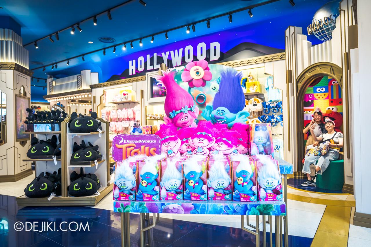 Universal Studios Singapore Park Update Nov 2019 Park Merchandise Silver Screen Store update 3