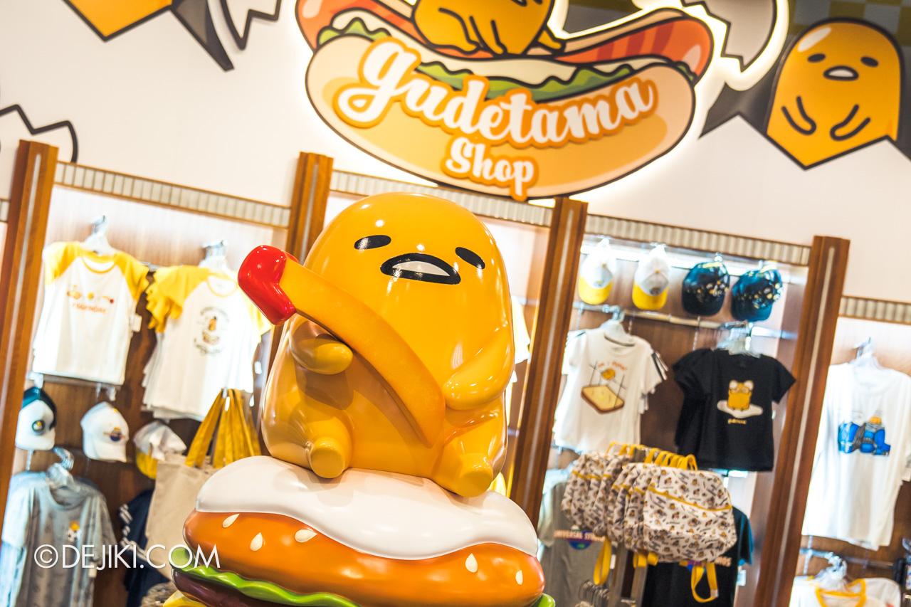 Universal Studios Singapore Park Update November 2019 Park Merchandise Store Update Gudetama Shop closeup1
