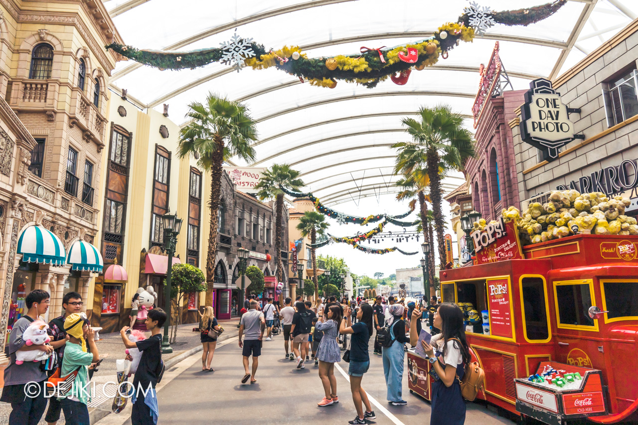 Universal Studios Singapore Park Update November 2019 Photos around USS Christmas Park decorations at Hollywood