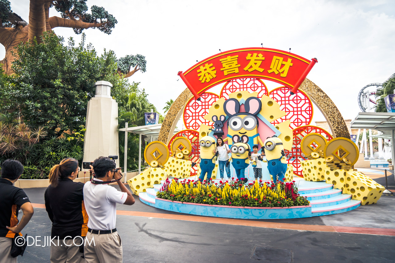 Universal Studios Singapore January 2020 Park update Chinese New Year Minions Meet and Greet 2020 on stage