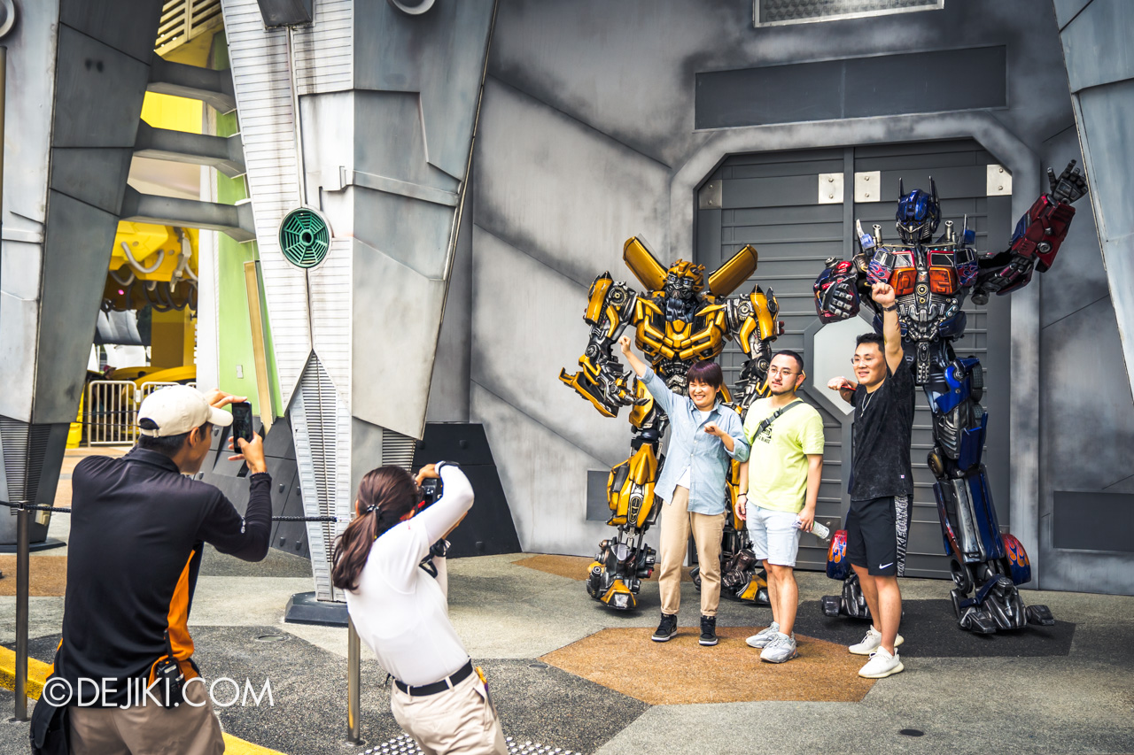 Universal Studios Singapore January 2020 Park update New Transformers Meet and Greet action 1