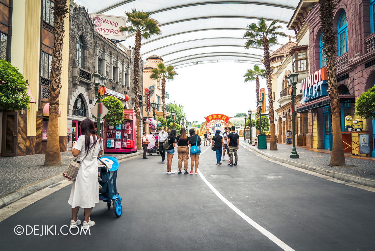 Universal Studios Singapore Park Update Feb 2020 Hollywood crowds