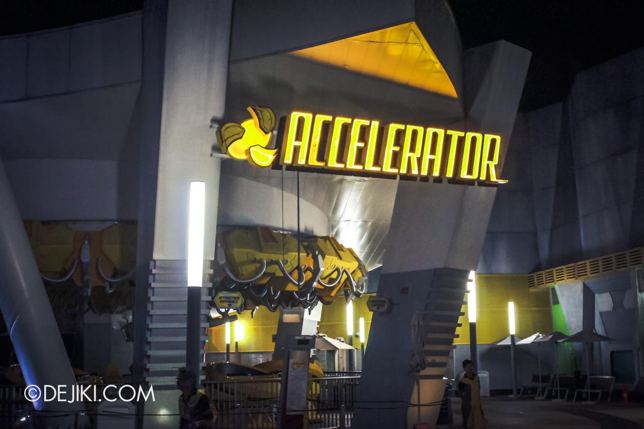 Universal Studios Singapore 10th Anniversary Flashback Sci Fi City White Accelerator