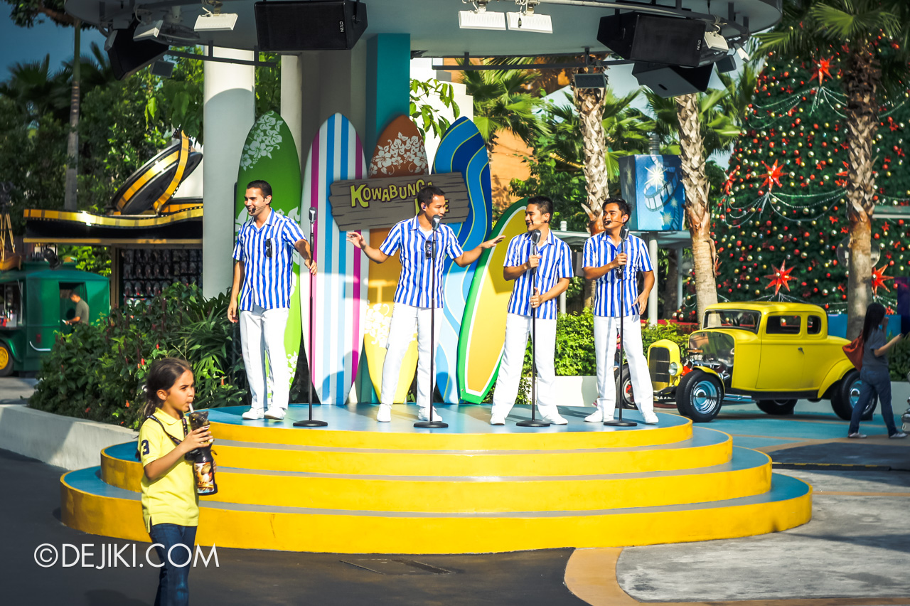 Universal Studios Singapore 10th Anniversary Flashback Street Entertainment Daddy Os