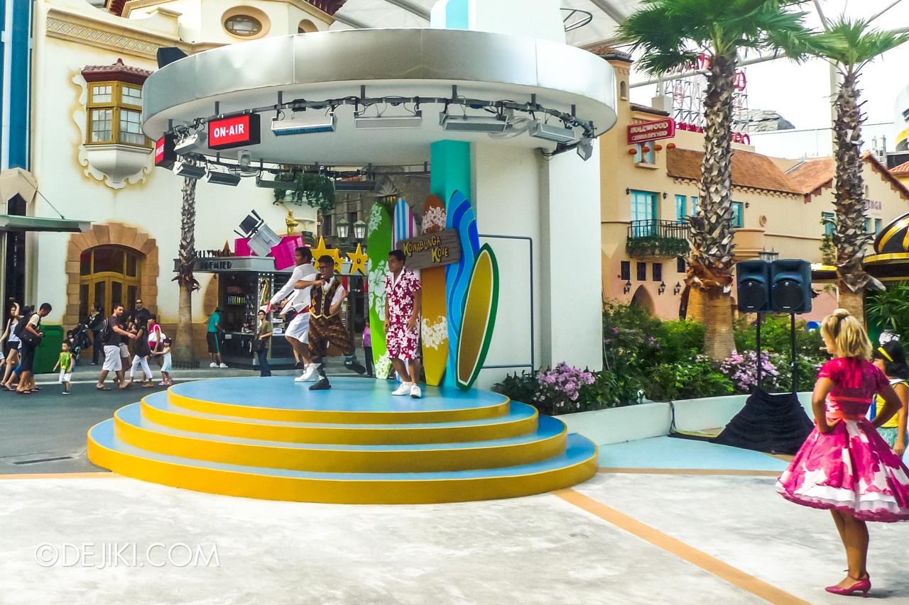 Universal Studios Singapore 10th Anniversary Flashback Street Entertainment The original Kowabunga Kove 2