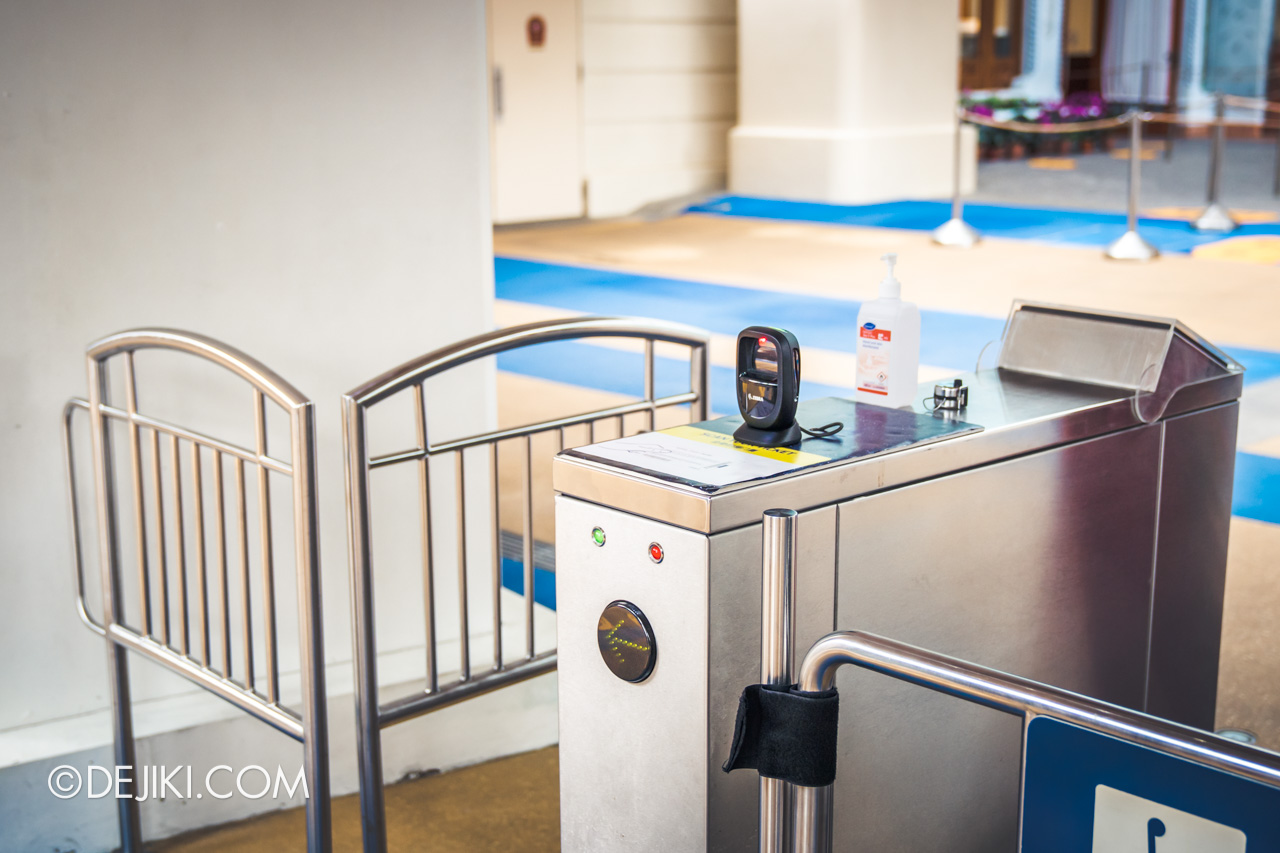 Universal Studios Singapore Park Update July 2020 Reopening Park Entry Procedure self scanning turnstile