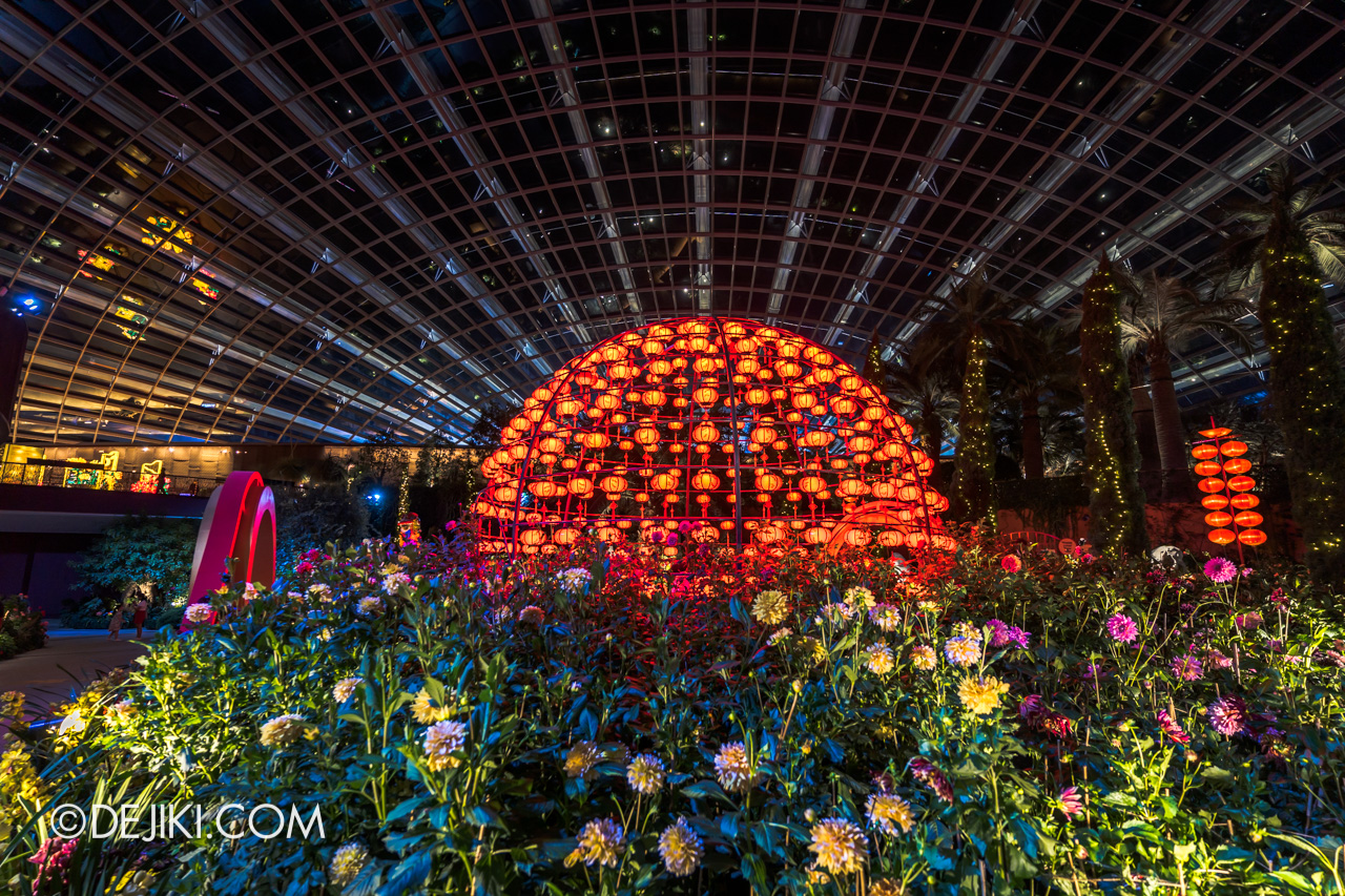Gardens by the Bay Dahlia Dreams 2021 Lanterns at Night Lantern Globe Far
