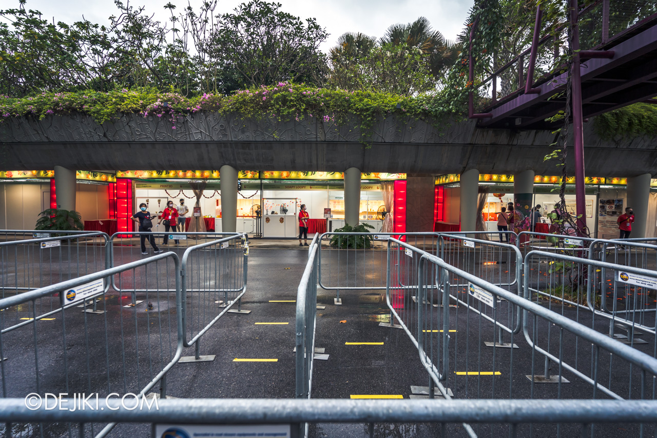 River Hongbao 2021 walkabout queue setup for RHB hacks booths